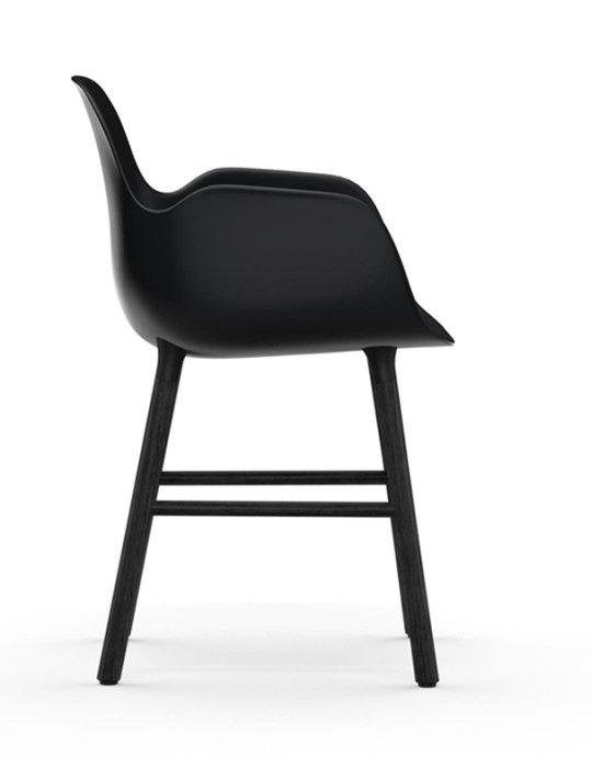 Normann Copenhagen Form Chair Black Black 2