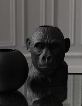 byon vase gorilla black