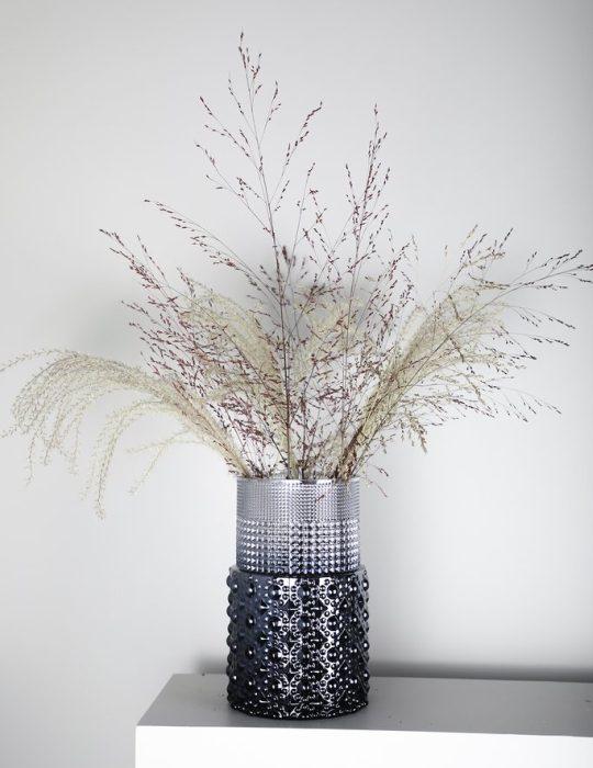 specktrum-scarlett-vase-black-grey